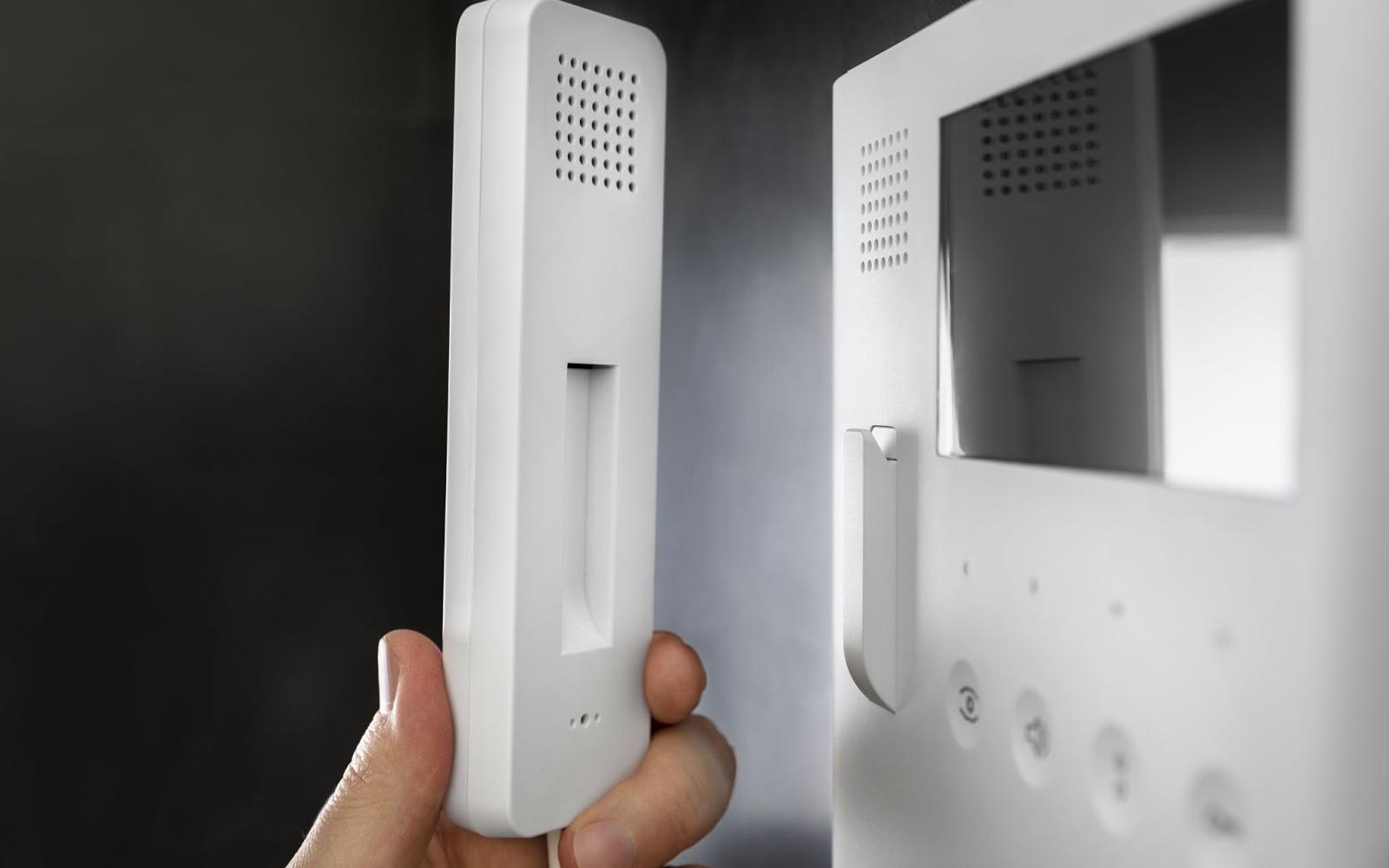 Абонентское переговорное устройство домофона